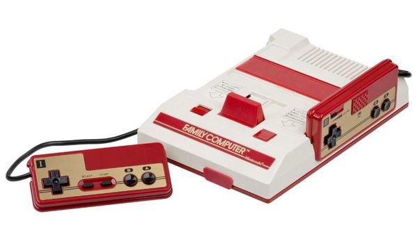 Famicom — выпускалась в Японии(теперь думаю понятно откуда была